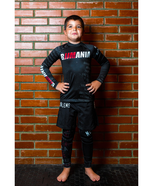 SET: KIDS SHORTS & COMPRESSION PANTS
