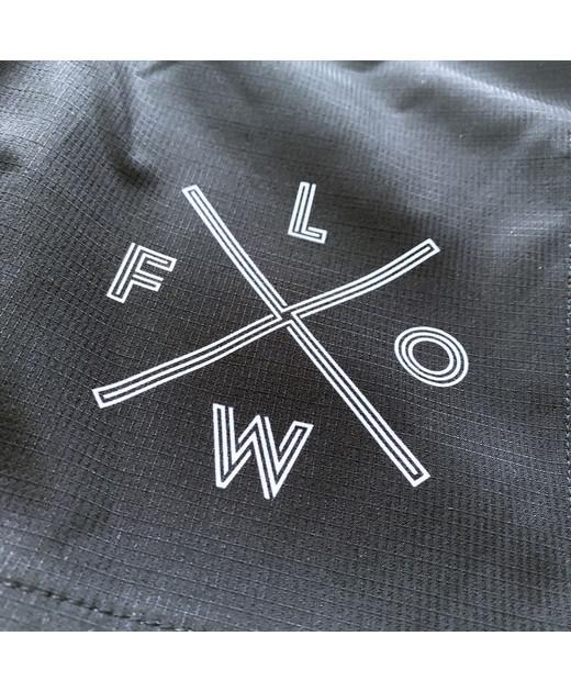 Шорты с собственным логотипом